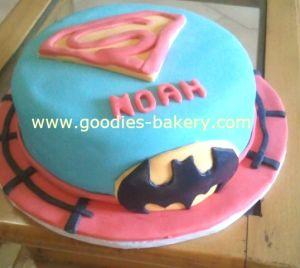 Superheros Cake